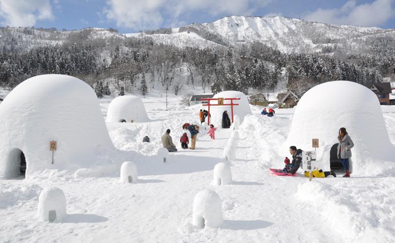 「ろくもん」北信濃雪見酒プランと冬の風物詩「かまくら村」